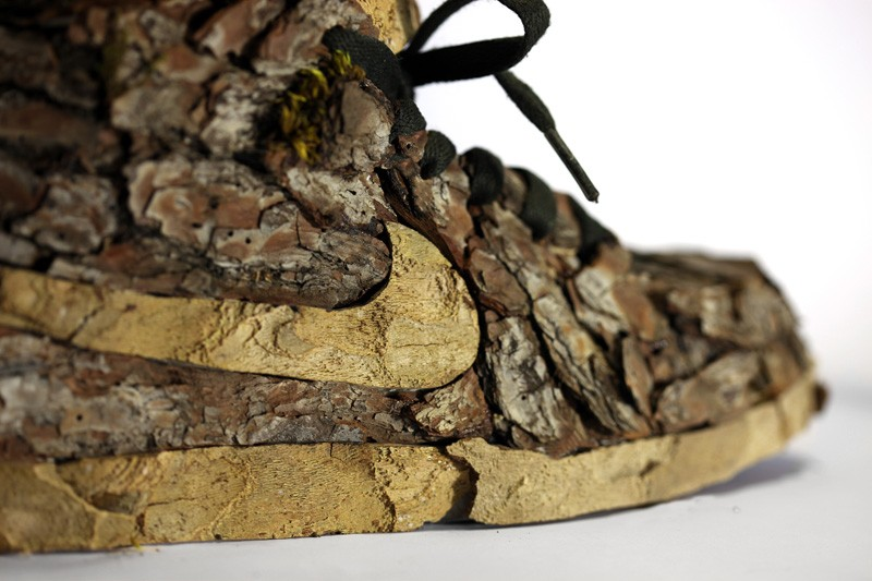 french-artist-combines-sneakers-and-nature3