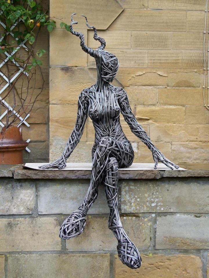 provolochnye-skulptury-1