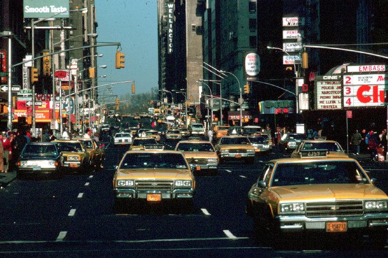 new-york-1985-glazami-italianskogo-fotografa-1