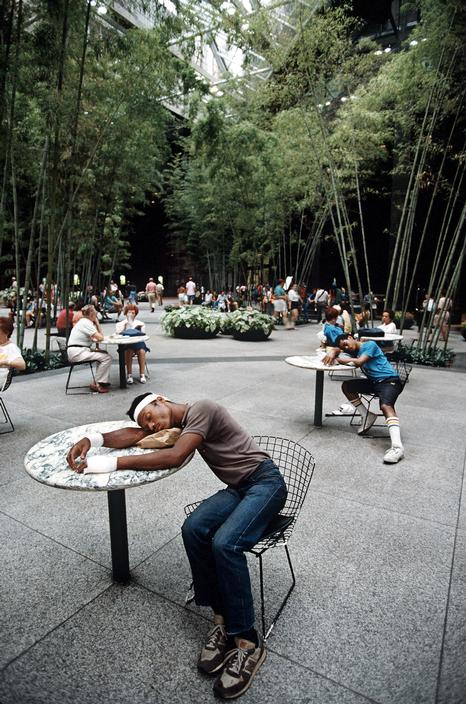 new-york-1985-glazami-italianskogo-fotografa-5