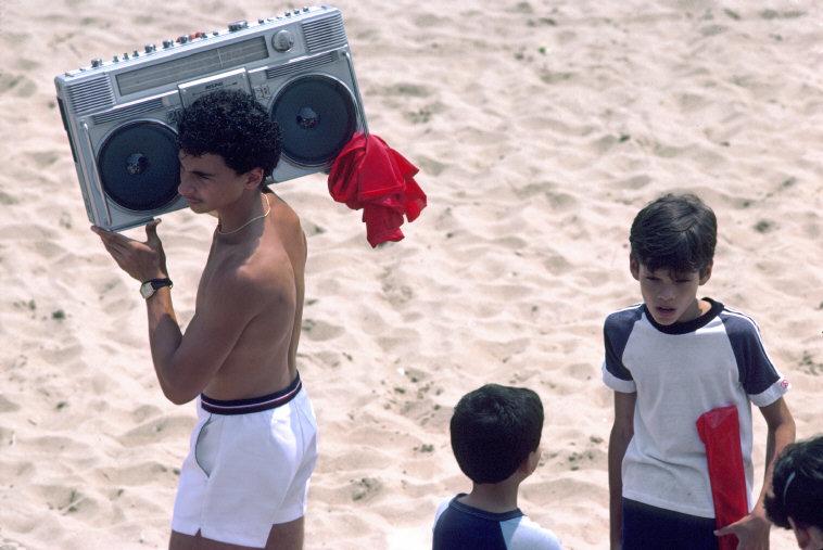 new-york-1985-glazami-italianskogo-fotografa-8