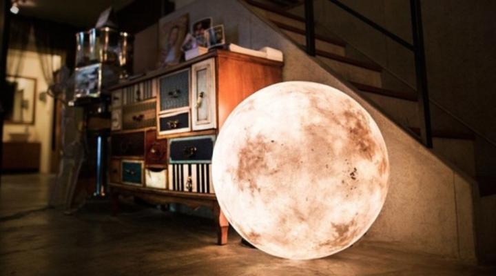 svetilniki-v-vide-luny-3