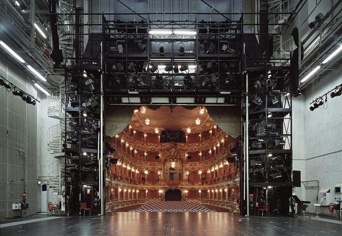 teatralnie-sceny-glazami-akterov-2