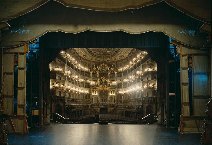 teatralnie-sceny-glazami-akterov-3