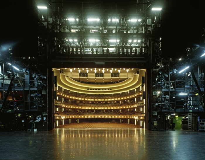 teatralnie-sceny-glazami-akterov-8