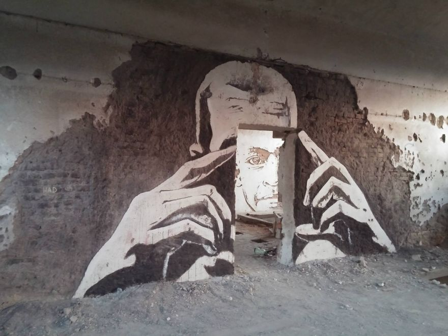ulichnie-hudozhniki-prevratili-zabroshennuy-zavod-v-gallereu-1