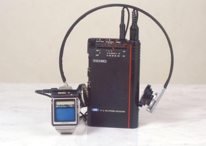 chasy-s-televizorom-33-goda-nazad-5