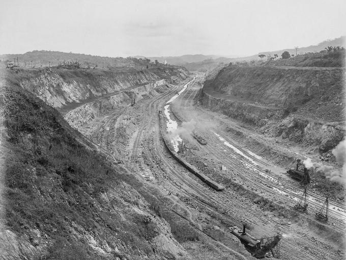 stroitelstvo-legendarnogo-panamskogo-kanala-18