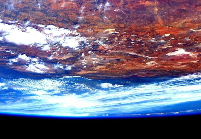 poslednie-snimki-iz-kosmosa-10
