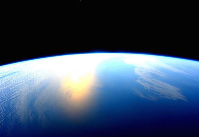 poslednie-snimki-iz-kosmosa-12