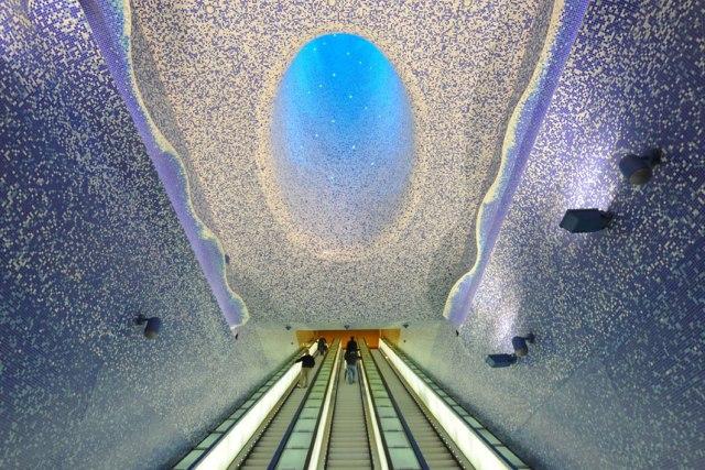 top-10-samyh-krasivyh-stanciy-metro-v-mire-20