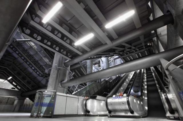 top-10-samyh-krasivyh-stanciy-metro-v-mire-9
