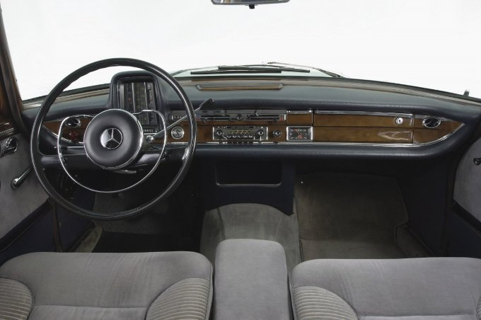 evolution-interior-mercedes-benz-s-class-2