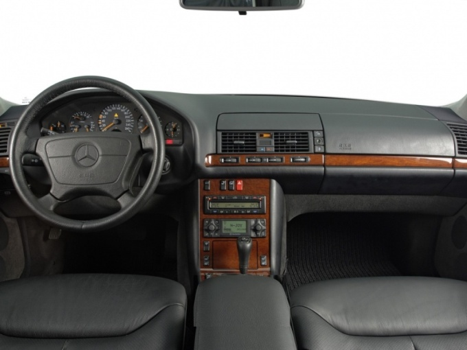 evolution-interior-mercedes-benz-s-class-7