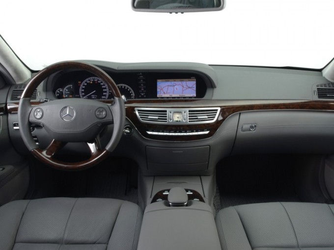 evolution-interior-mercedes-benz-s-class-9