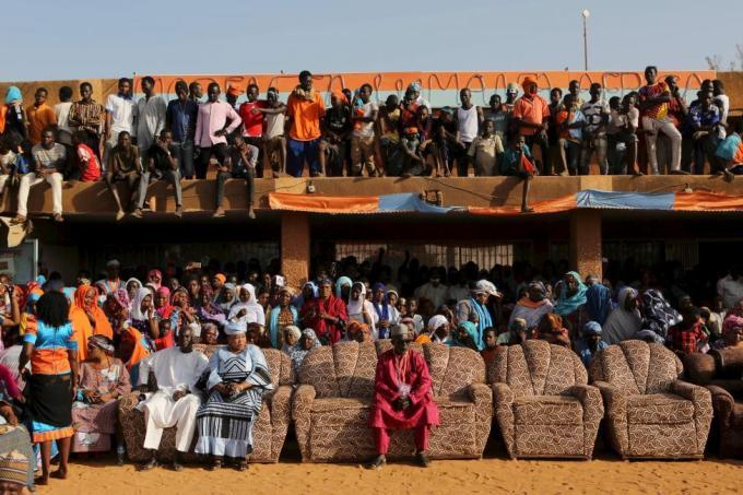Встреча сторонников Хамы Амаду (Hama Amadou), кандидата на пост президента Нигера, в Ниамее, 19 февраля 2016 года.