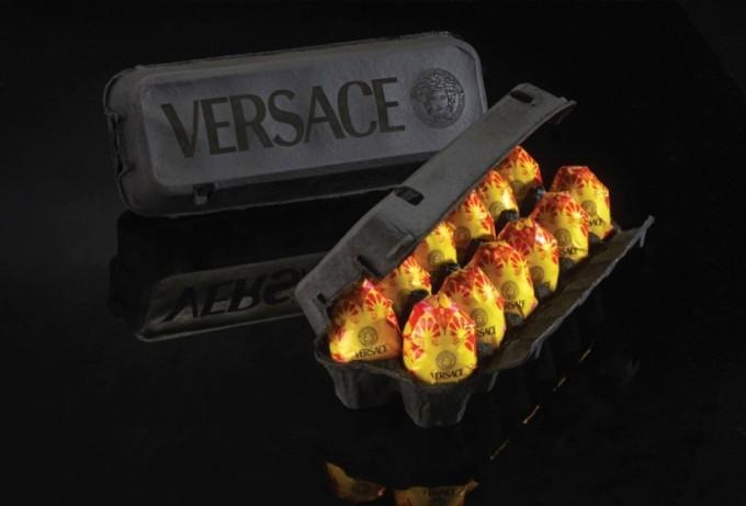 Яйца от Versace.