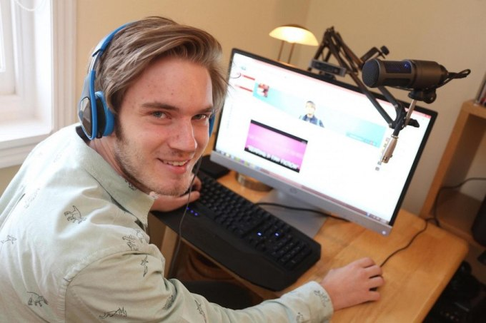 samiy-populyarniy-youtuber