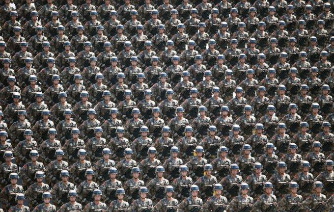 Грозная китайская армия, Пекин, 3 сентября 2015. (Фото Yao Dawei | Xinhua Press | Corbis)