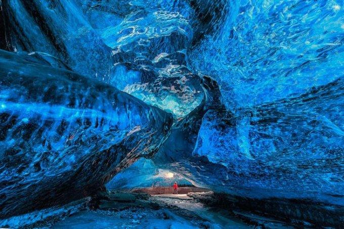 Пещера Vatnajokull Glacier, Исландия.