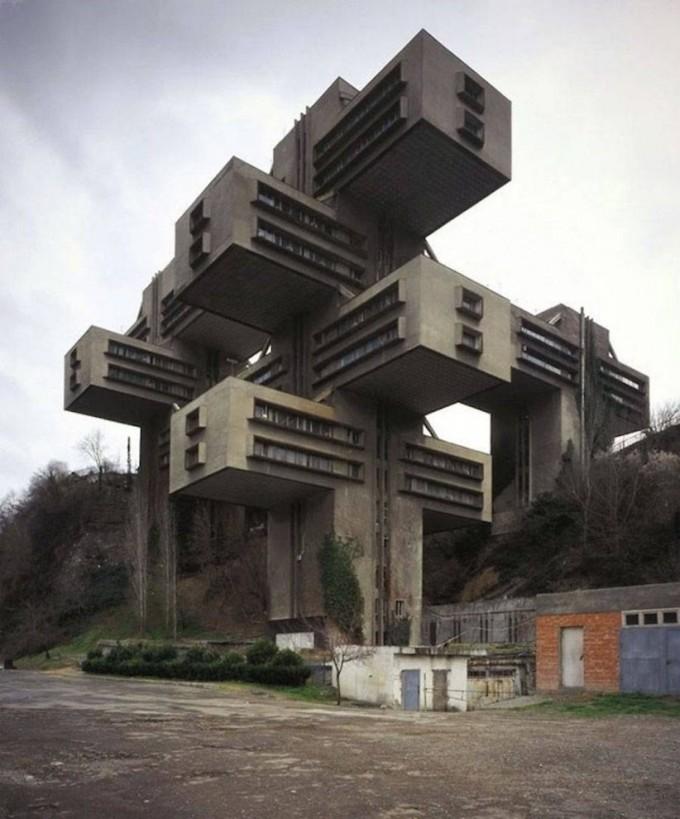 Здание Министерства автомобильных дорог Грузинской ССР.