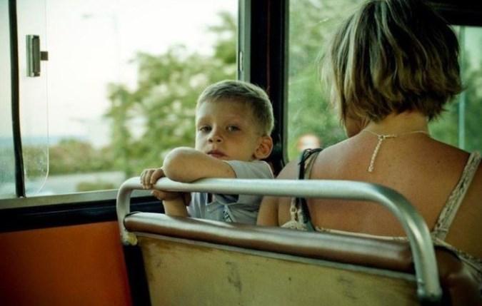 to-chto-sdelal-paren-v-tramvae-vyizyivayet-ne-tolko-smeh