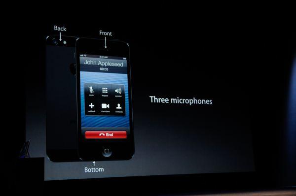 zachem-v-iphone-eto-malenkoe-otverstie5