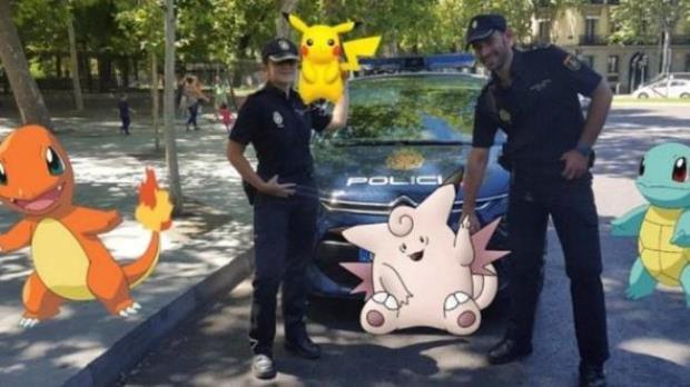 policiya-ispanii-izdala-instrukciyu-po-bezopasnomu-otlovu-pokemonov