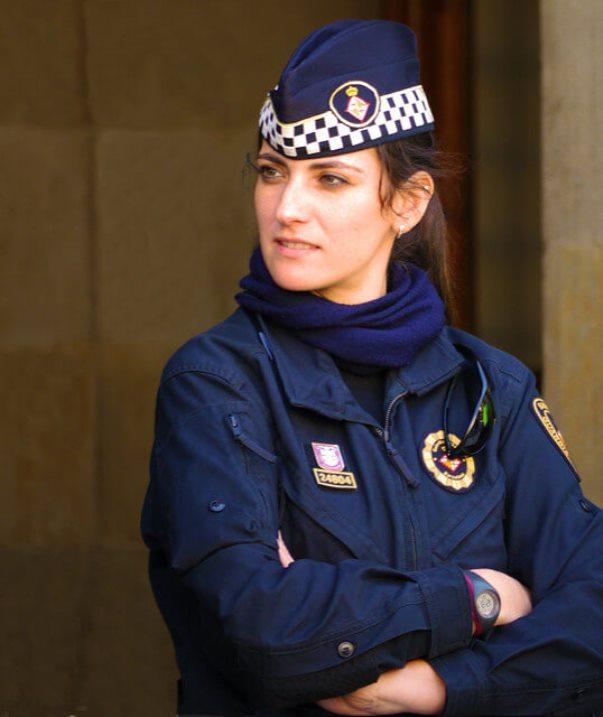 10women-police-spain