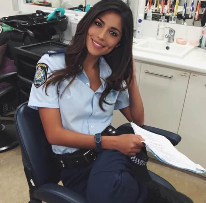 14women-police-australian
