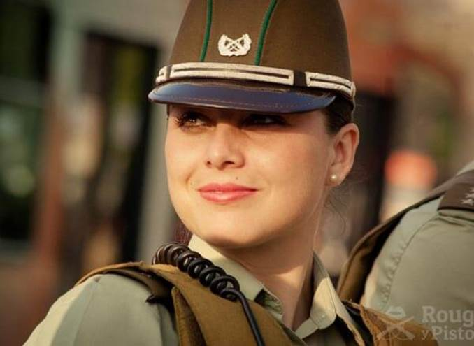 22women-police-chili