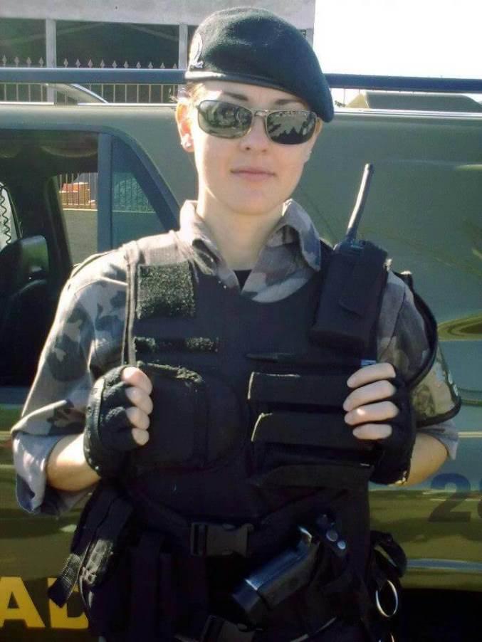 40women-police-brazil
