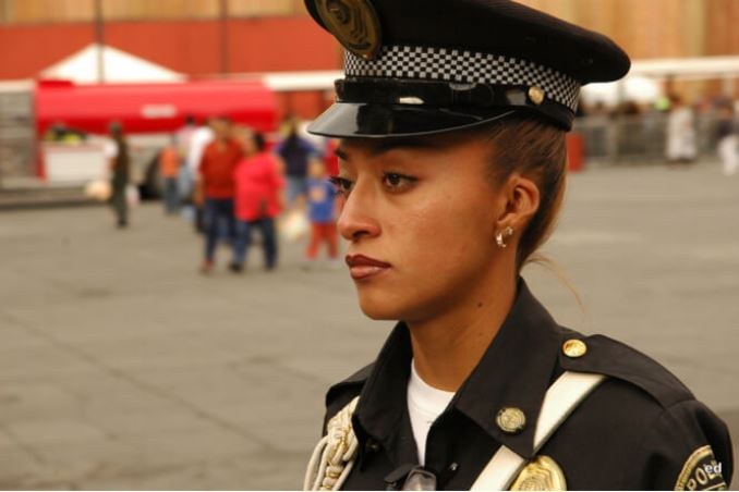 7women-police-mixico