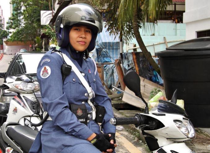 9women-police-malazia
