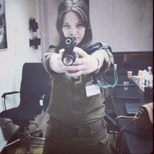 krasotki-v-armii-izrailya-3