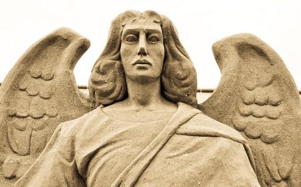 udivitelnye-skulptury-iz-peska-10