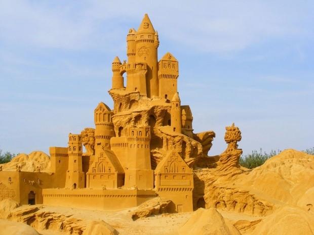udivitelnye-skulptury-iz-peska-19
