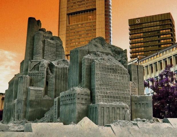 udivitelnye-skulptury-iz-peska-20