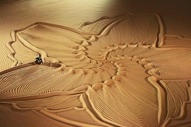 udivitelnye-skulptury-iz-peska-4