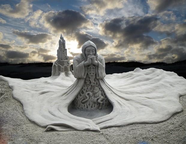 udivitelnye-skulptury-iz-peska-5