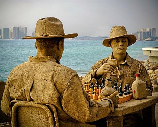 udivitelnye-skulptury-iz-peska-7