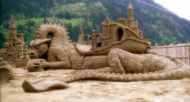 udivitelnye-skulptury-iz-peska-8