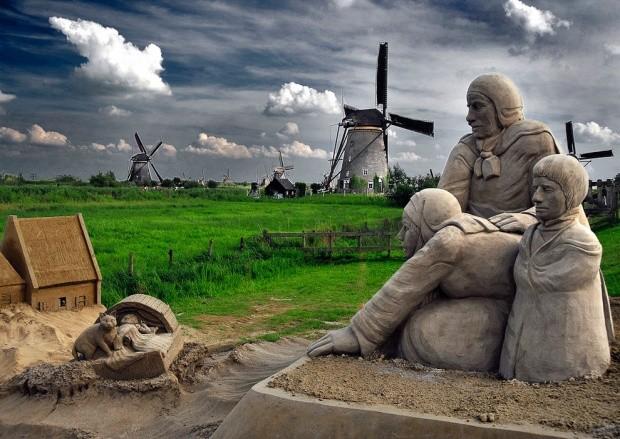 udivitelnye-skulptury-iz-peska-9