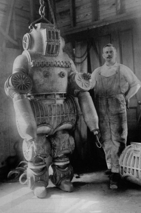 vodolaznye-kostumy-1