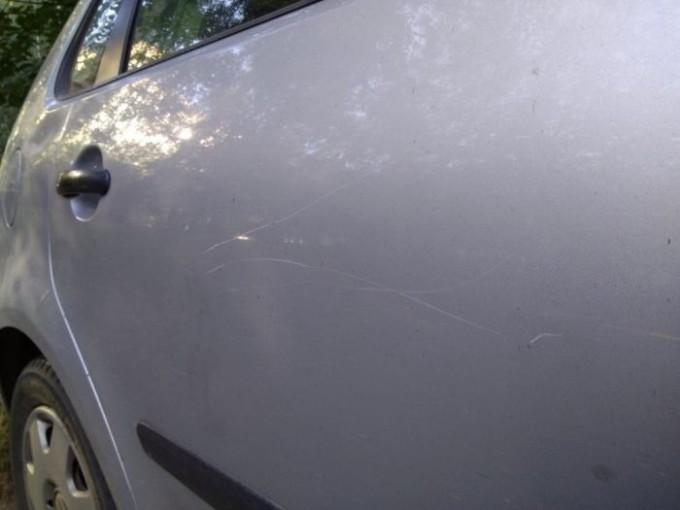 minskiy-avtovladelec-mesyac-spal-v-mashine-1